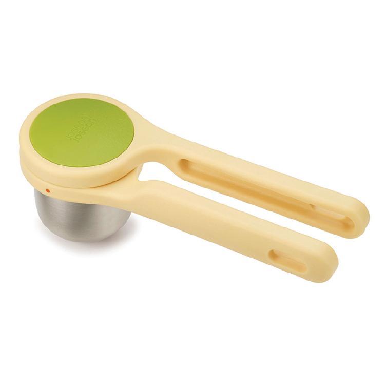 英國創意餐廚  joseph joseph   檸檬壓汁好棒棒 | 獨特旋轉式榨汁可防止食材飛濺及食材氣味殘留握把式設計符合使用習慣