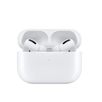 APPLEAirPods Pro | 由 Apple 設計主動式降噪功能 可選擇更合適尺寸與密合程度通透模式 適應性等化功能帶來出色的音質抗汗抗水功能 (IPX4)² 自動開啟,自動連線 可輕鬆為所有 Apple 裝置進行設定³ 可在充電盒內快速充電 充電盒可使用 Qi 認證的充電器無線充電,或是透過 Lightning 連接器充電